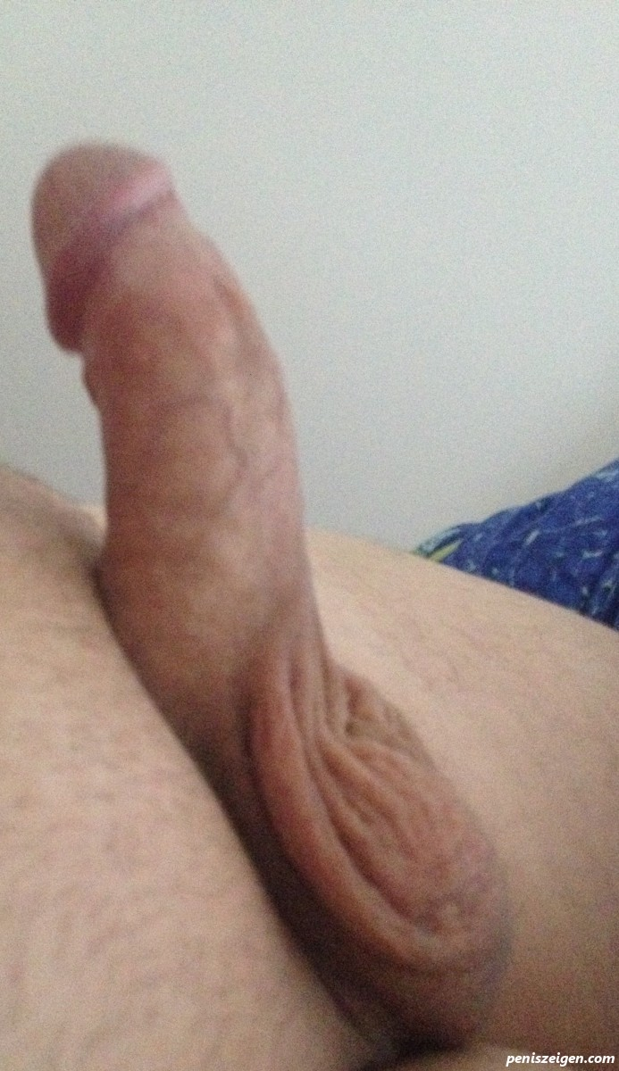 Kleiner Steifer Penis