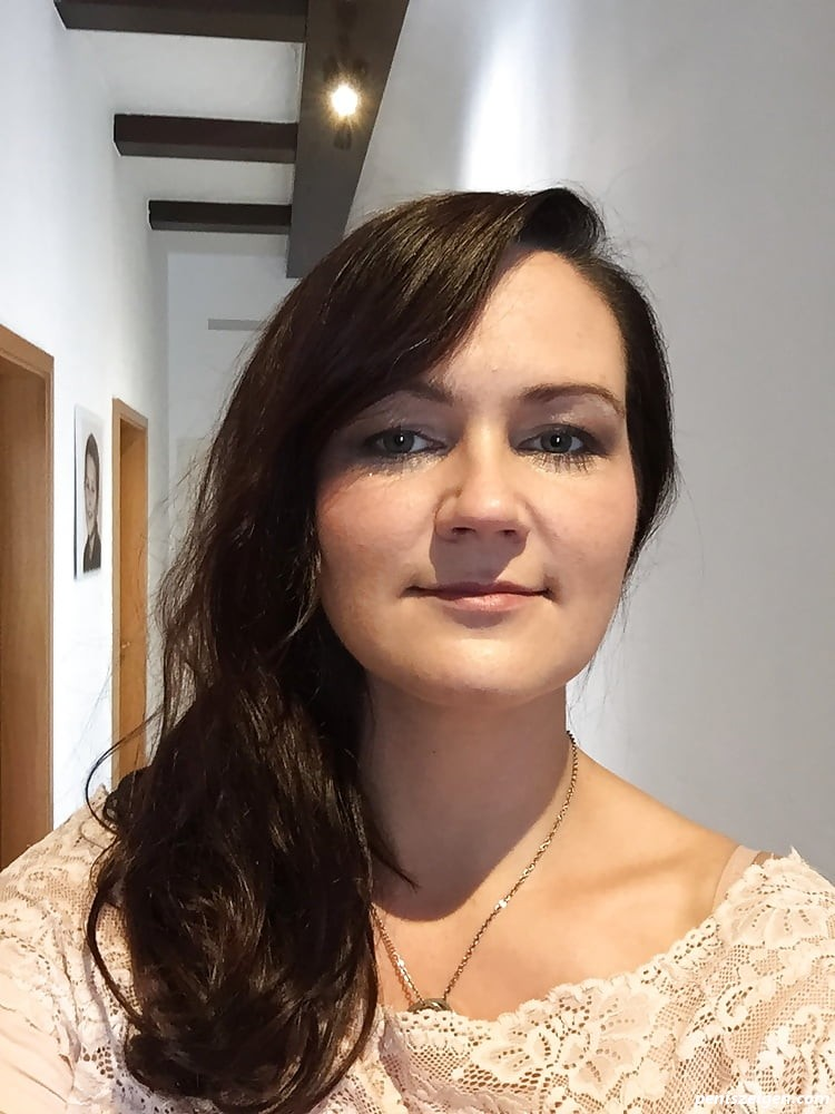 Mandy Mahnke geil ( wichst drauf ) - Kostenlose Penis